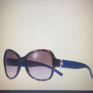 Very New Tory Burch Oversized Butterfly Sunglasses